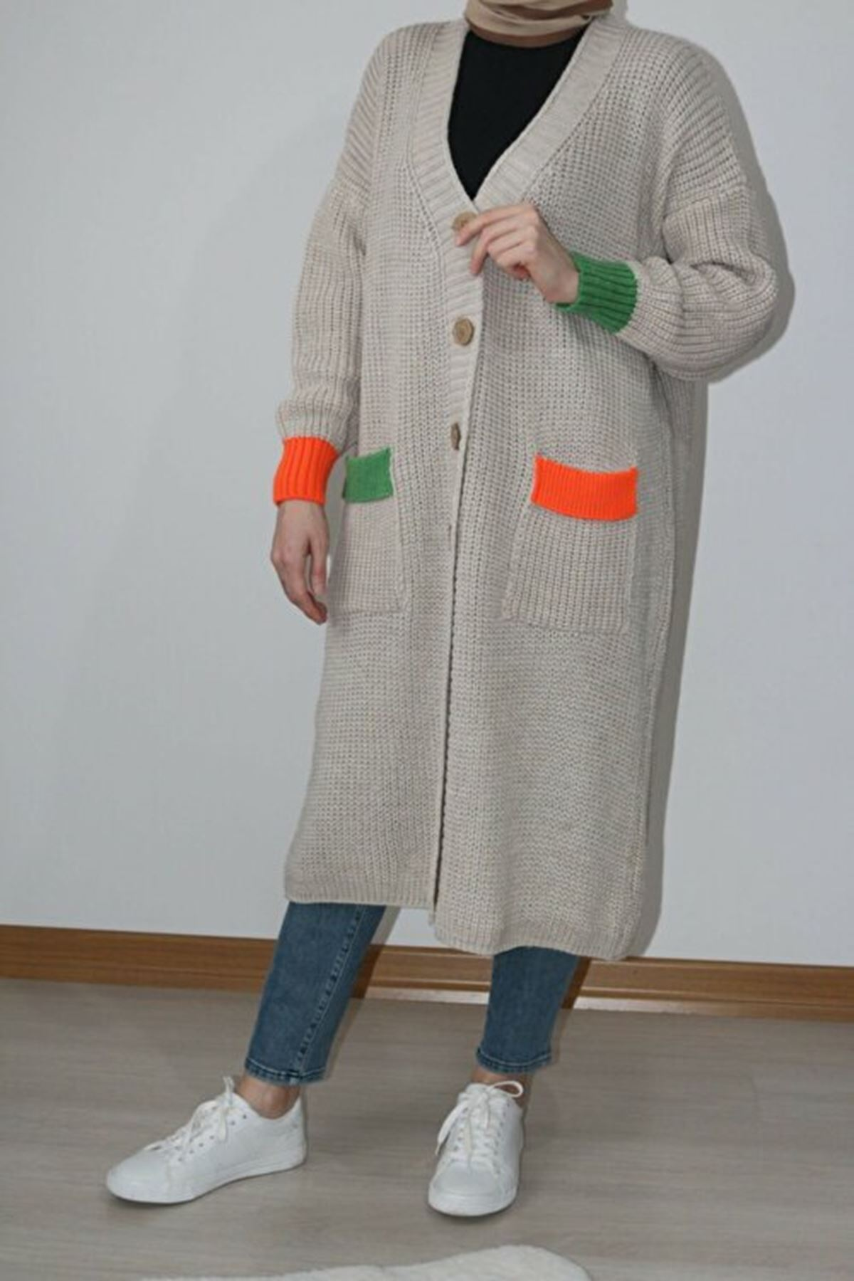 Renkli Cepli Uzun Triko Hırka - Taş Rengi